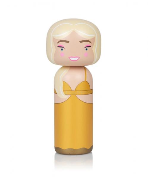 Kokeshi Doll | Claudia Schiffer