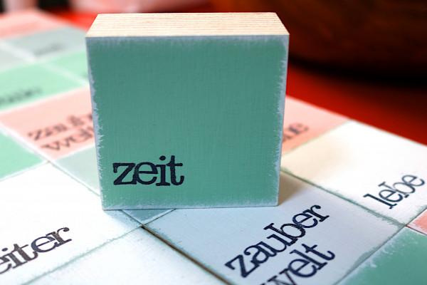 Indra Ohlemutz: zeit (mini) | weiß | rosa | grau | türkis