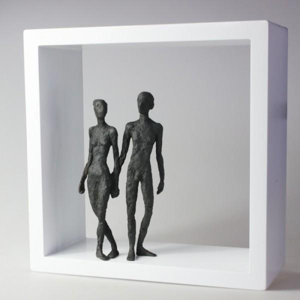 Susanne Kraißer | Zwei V, 2017 | Bronzeskulptur