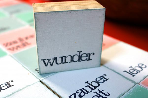 Indra Ohlemutz: wunder (mini) | weiß | rosa | grau | türkis