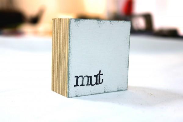 Indra Ohlemutz: mut, weiß (mini)