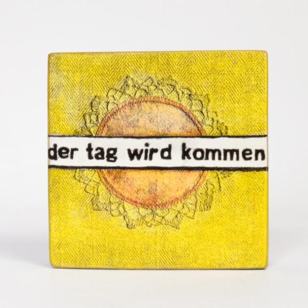 Kati Elm   der Tag wird kommen - Nitrofrottage auf Holz