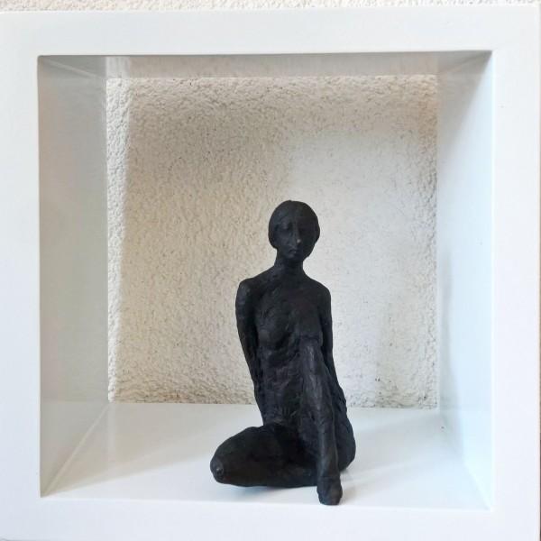 Susanne Kraißer | Kleine Sitzende VII, 2017 | Bronzeskulptur