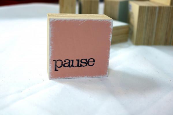 Indra Ohlemutz: pause (mini) | weiß | rosa | grau | türkis