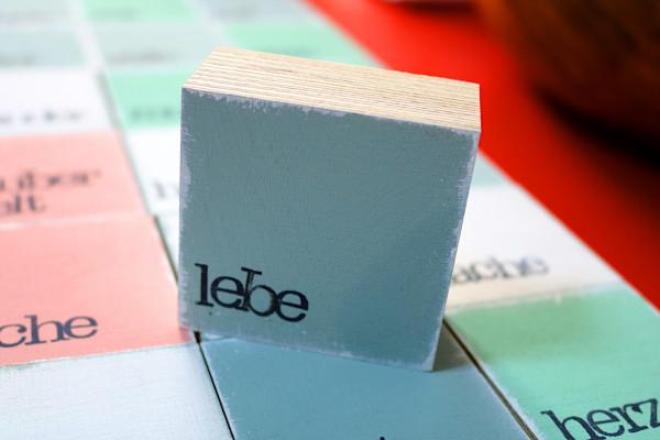 Indra Ohlemutz: lebe (mini) | weiß | rosa | grau | türkis